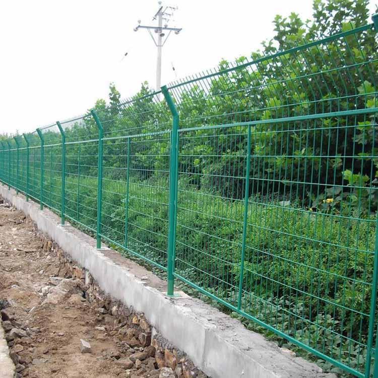 铁丝网围栏防护网A长治铁丝网围栏防护网A铁丝网围栏防护网实力厂家