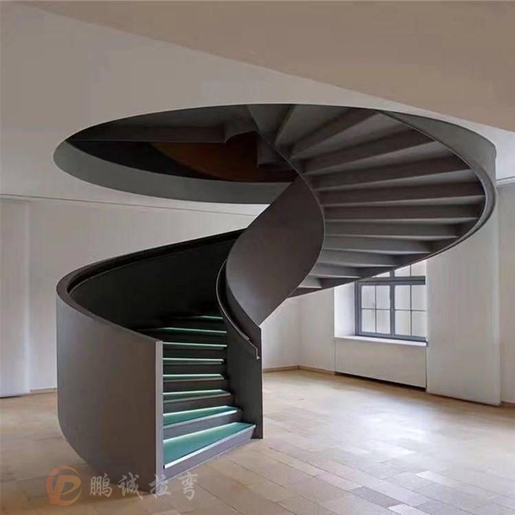 广州旋转楼梯加工 钢结构旋转楼梯定制 保质保量鹏诚