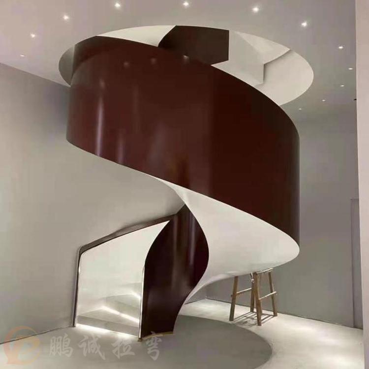 鹏诚室内旋转楼梯 钢木旋转楼梯加工定制 保质保量