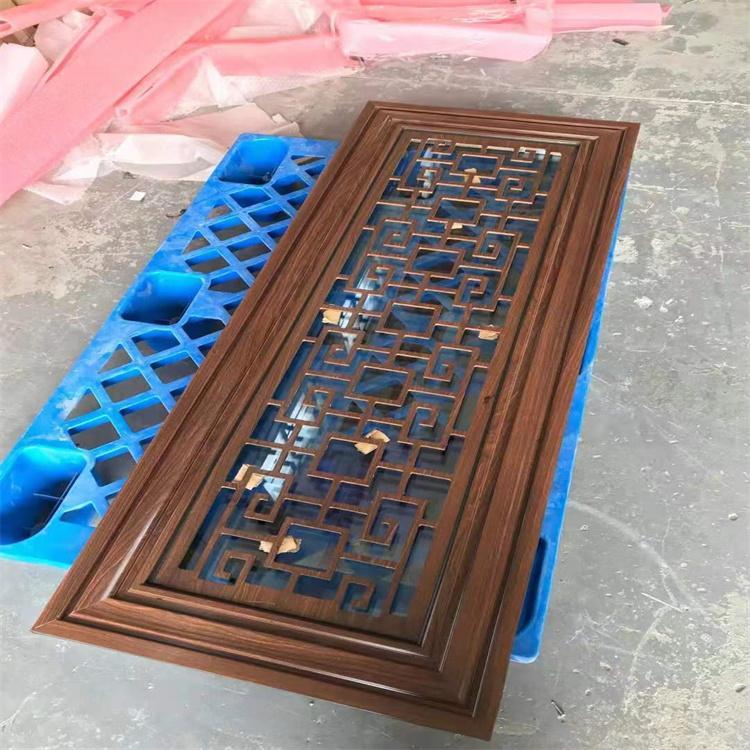 浙江定制門窗 浮雕鋁板 仿銅門窗 鋁合金門窗 仿古門窗花格 斷橋鋁復古門窗 中譽