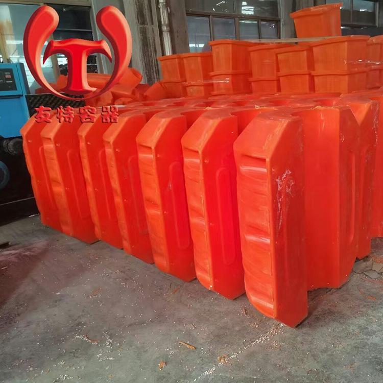 內徑180管道浮筒生產廠家 友特容器供應航標浮體 疏浚PE浮筒